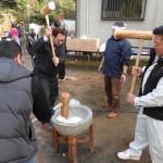 2013暁の鐘餅つき05